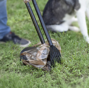 Dog Pooper-scooper - Furry Friends Gear