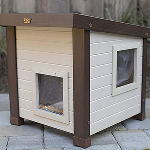 New Age Pet Feral Cat House
